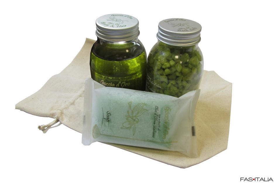 Set bagno all 39 olio d 39 oliva shampoodoccia sali da bagno e - Olio bagno bionike ...